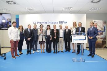 Aspace Navarra recibe el Premio Integra BBVA.